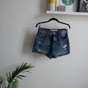 ZARA High Waisted Jean Shorts. Size 4